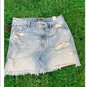 Abercrombie Zoe Natural Rise Skirt distressed